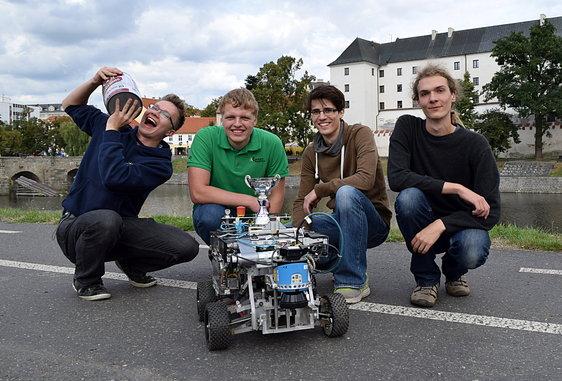 Siegerfoto bei der Robotour 2015